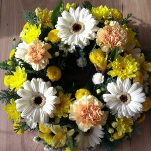 Loose Style Traditional Wreath